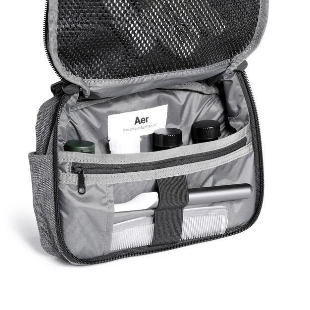 Aer Travel Kit in color