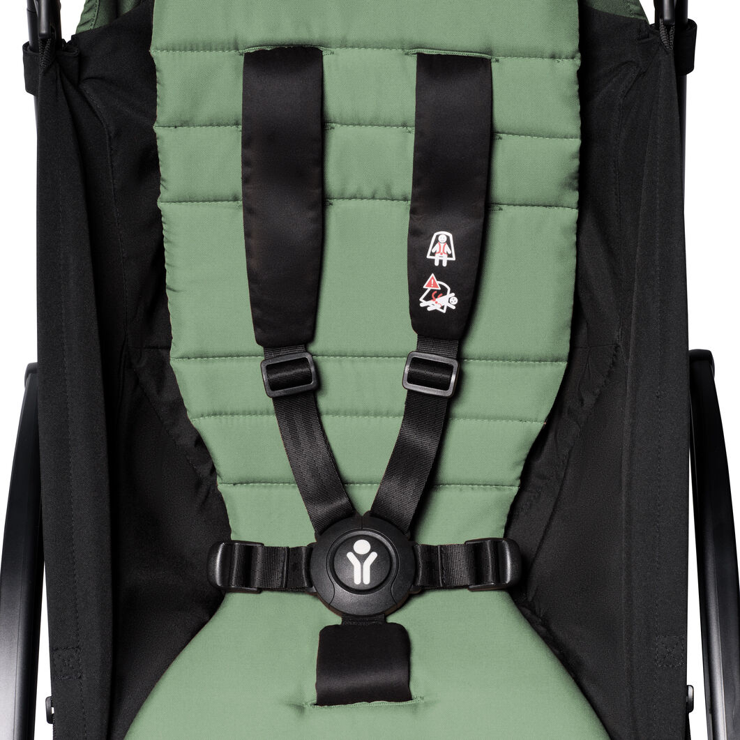 """<div>Babyzen™ <span style=""""font-weight: 400;"""">YOYO<sup><span style=""""font-weight: 400;"""">2</span></sup></span> 6+ Complete Stroller</div> in color Mint/ Black"""