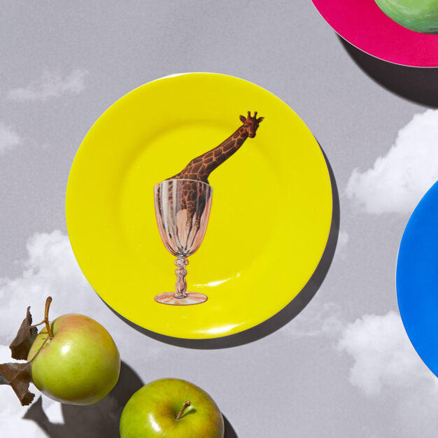 Magritte: Giraffe Plate in color