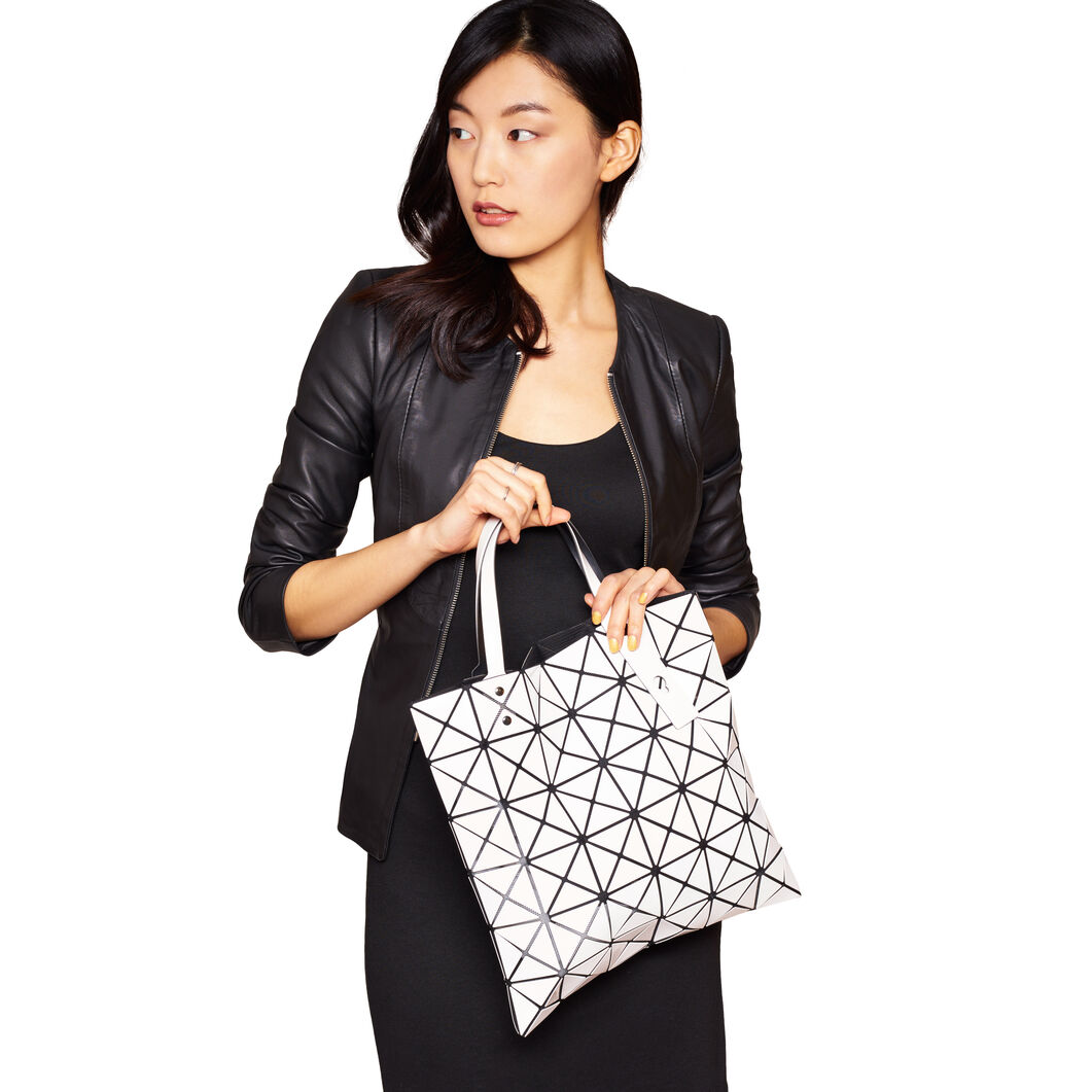 BAO BAO ISSEY MIYAKE Lucent Tote Bag White in color White