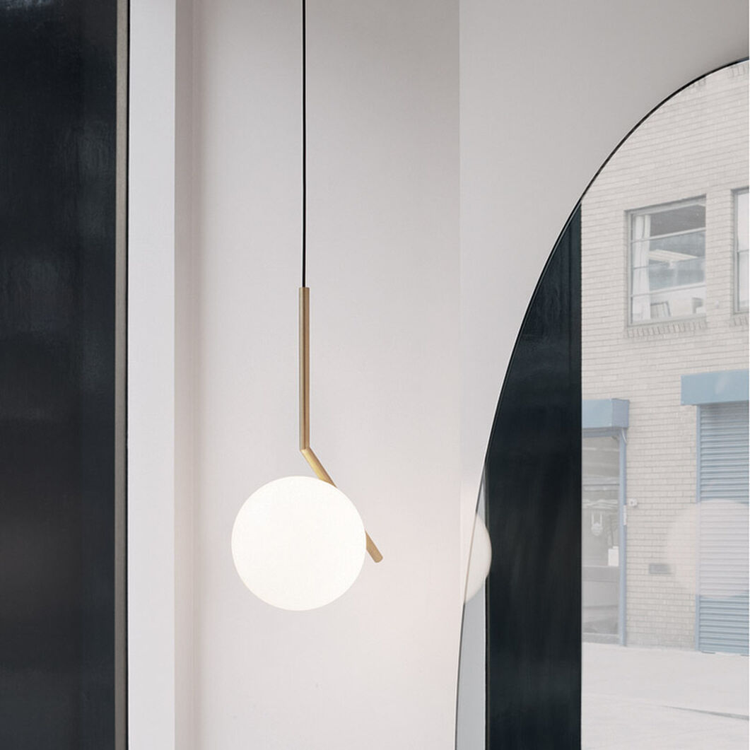 IC Pendant Light S1, Brass in color