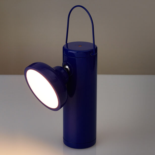 M Outdoor Lamp in color