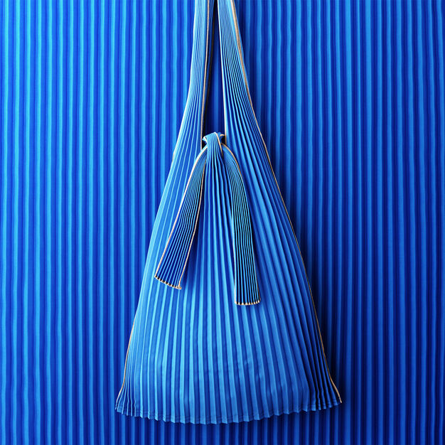 Japanese Pleated Tote in color Blue