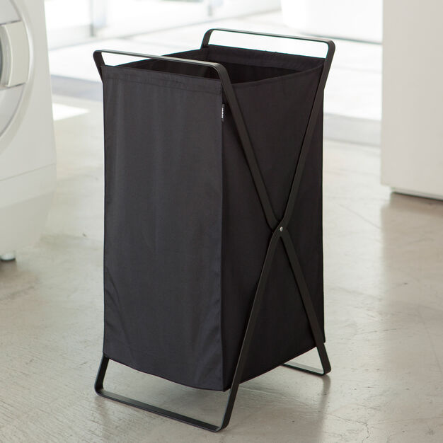Collapsible Laundry Basket in color Black
