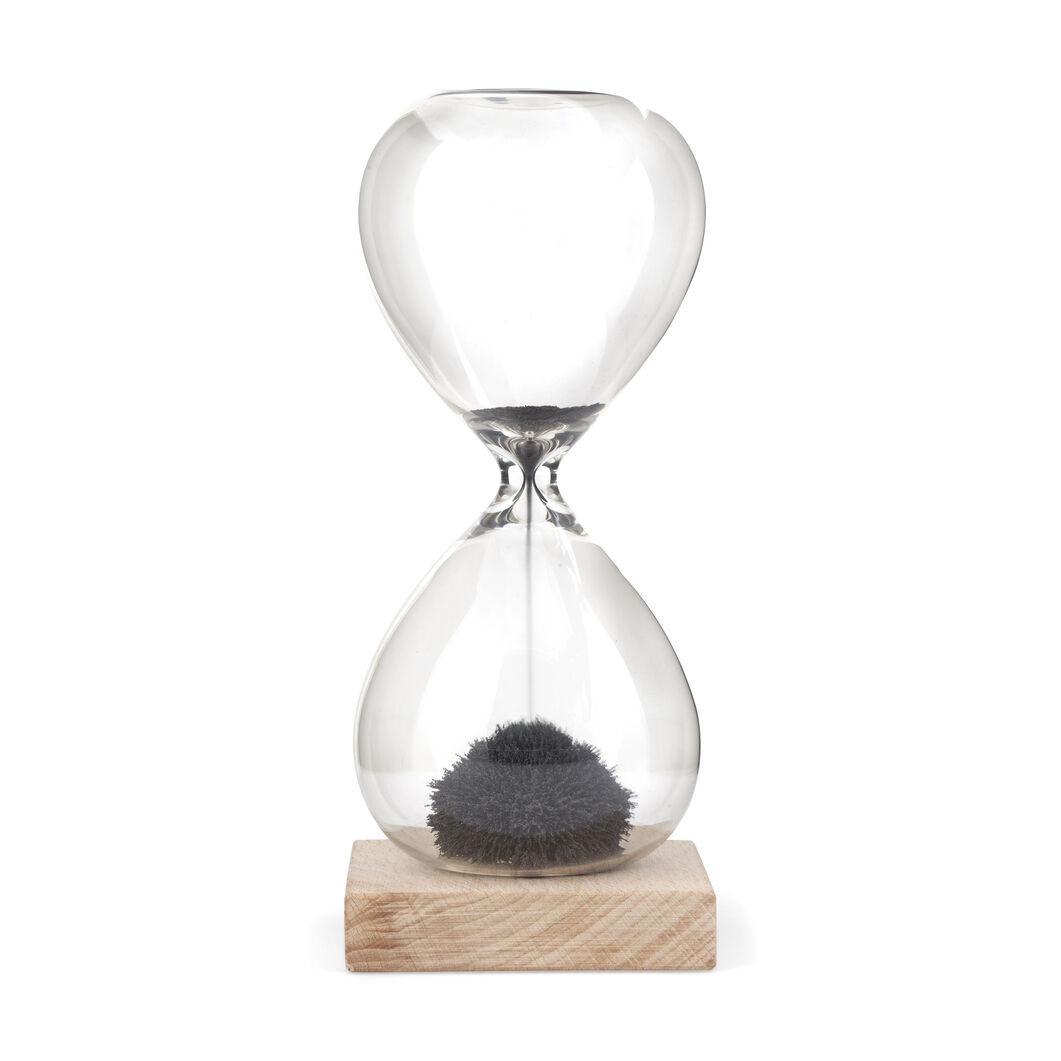 Magnetic Sand Hourglass in color