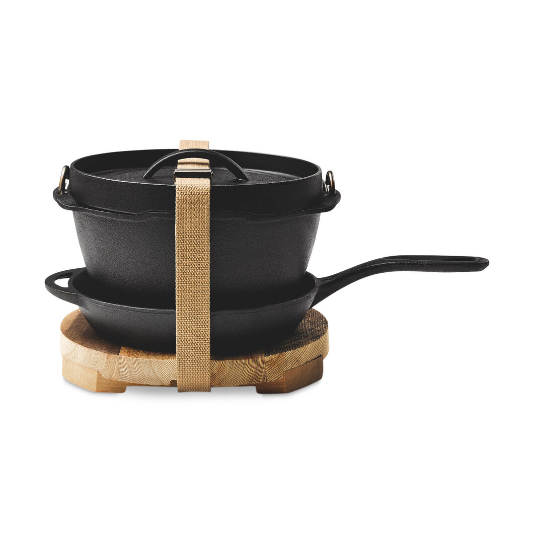 Classic Dutch Oven Cast Iron Set in color