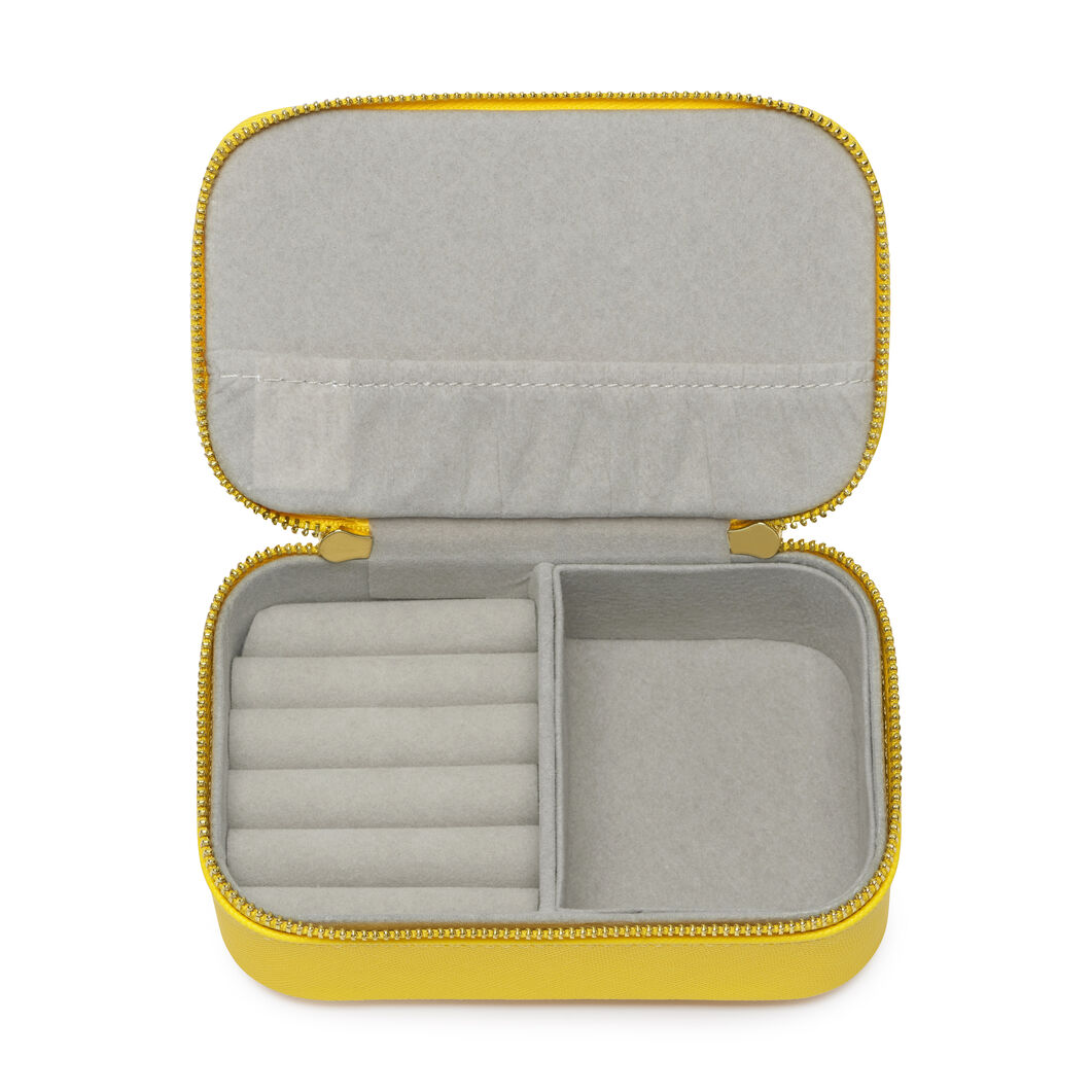 Travel Jewelry Box in color Yellow