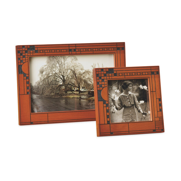 "4 x 6"" Coonley Wood Frame in color"
