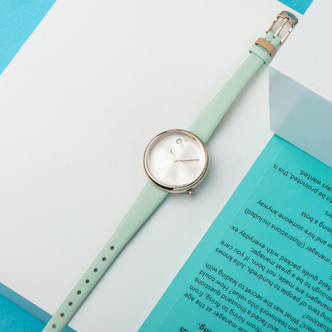 Icicle Watch in color Mint