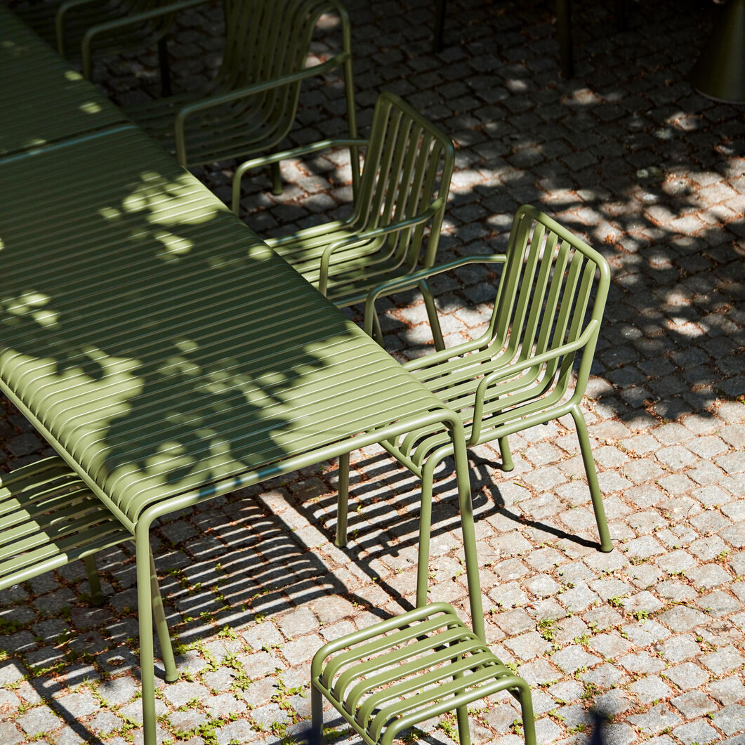 HAY Palissade Outdoor Table in color Anthracite