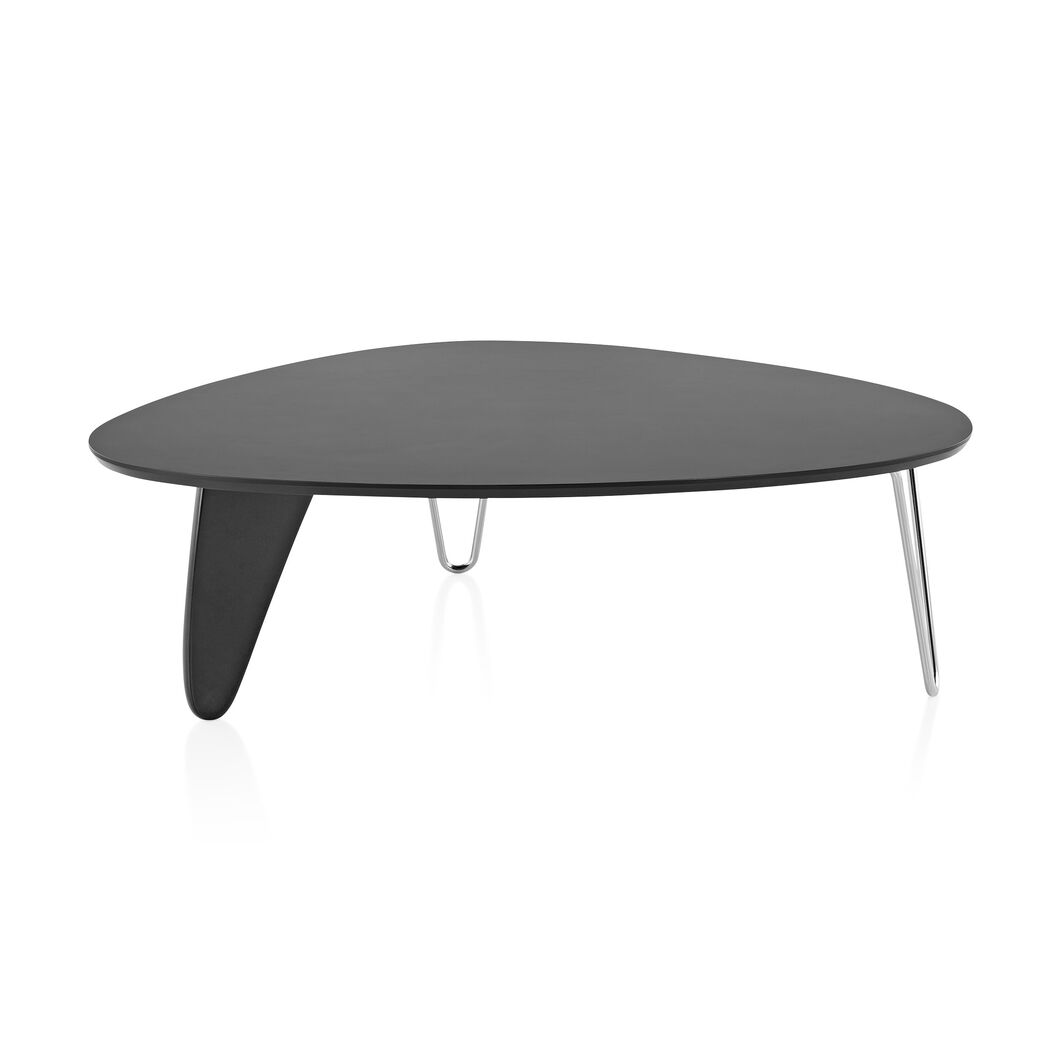 Noguchi Rudder Coffee Table in color Black