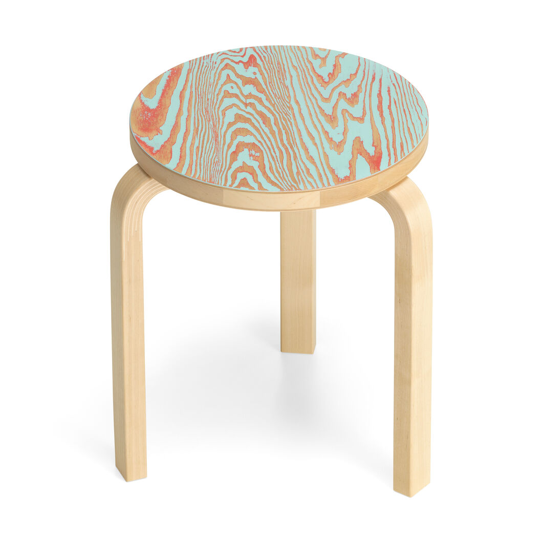 Aalto Three-Legged ColoRing 60 Stacking Stool in color Red/ Turquoise