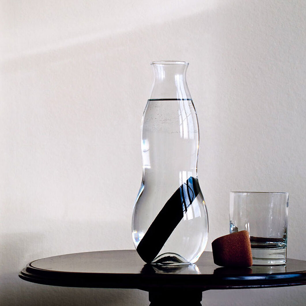 Eau Carafe in color