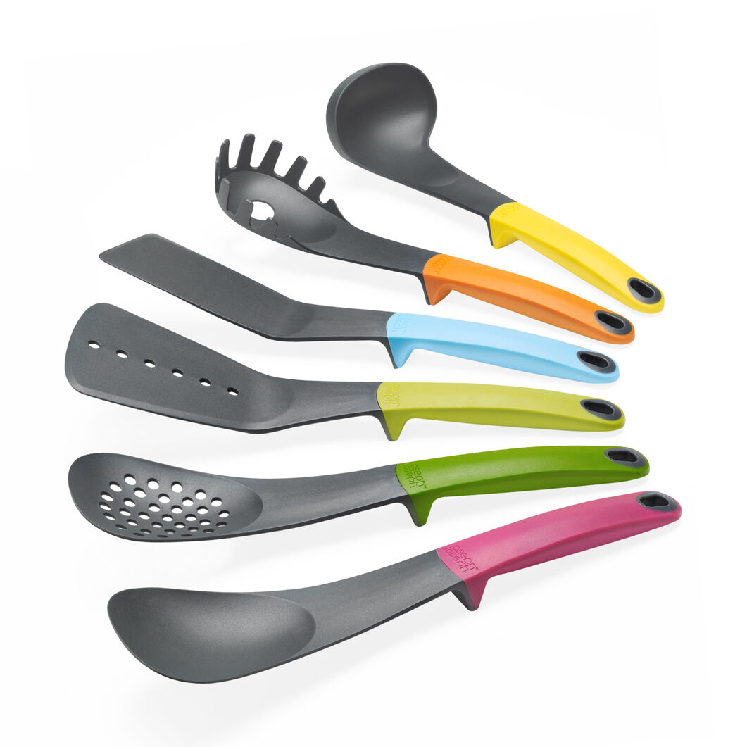 Elevate Utensil Set With Carousel in color