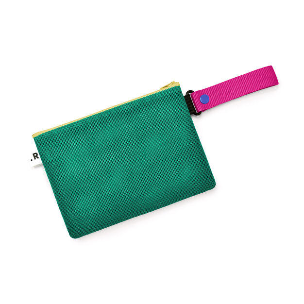 Riga Clutch in color
