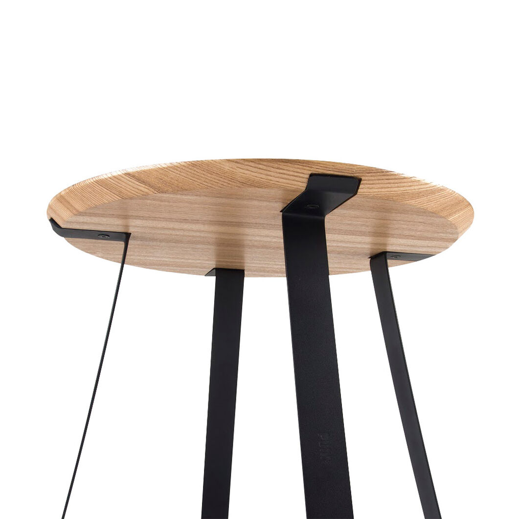 Shunan Side Table in color