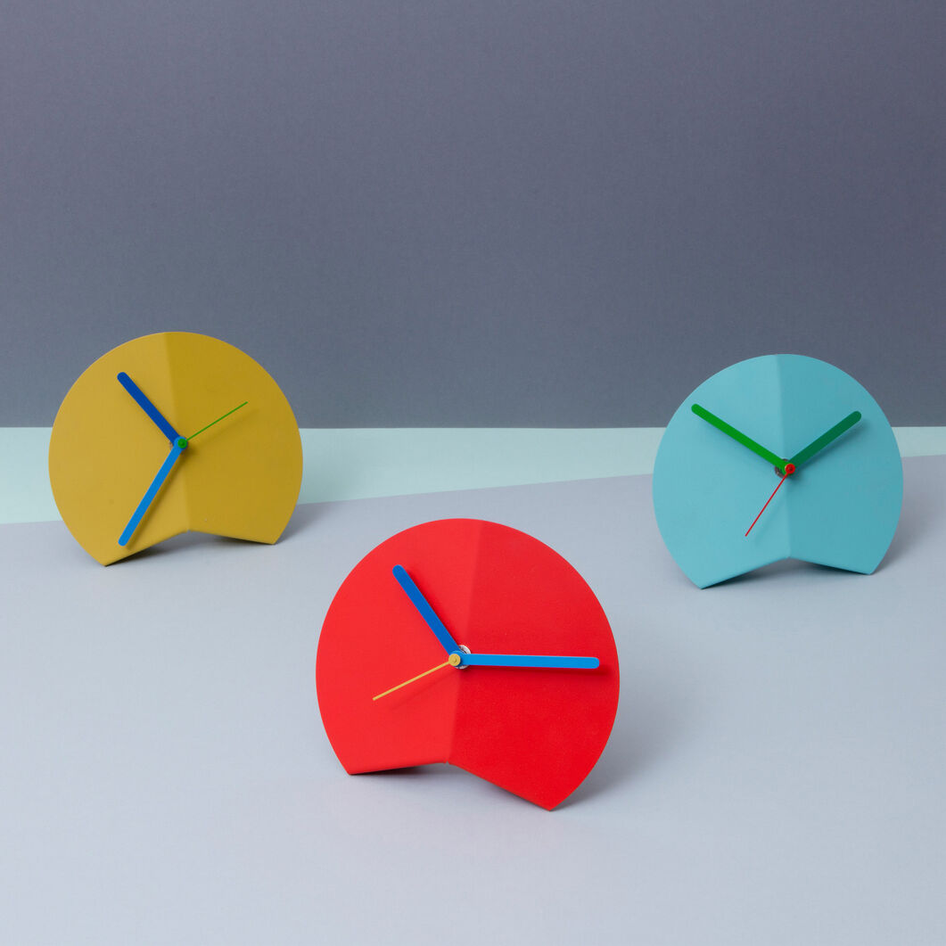 Mountain Fold Desk Clock in color Red