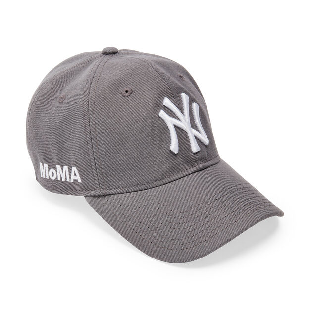 NY Yankees Cap in color Storm Gray