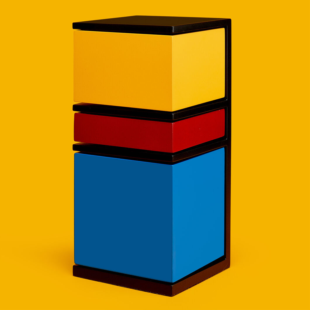 De Stijl Storage Tower in color