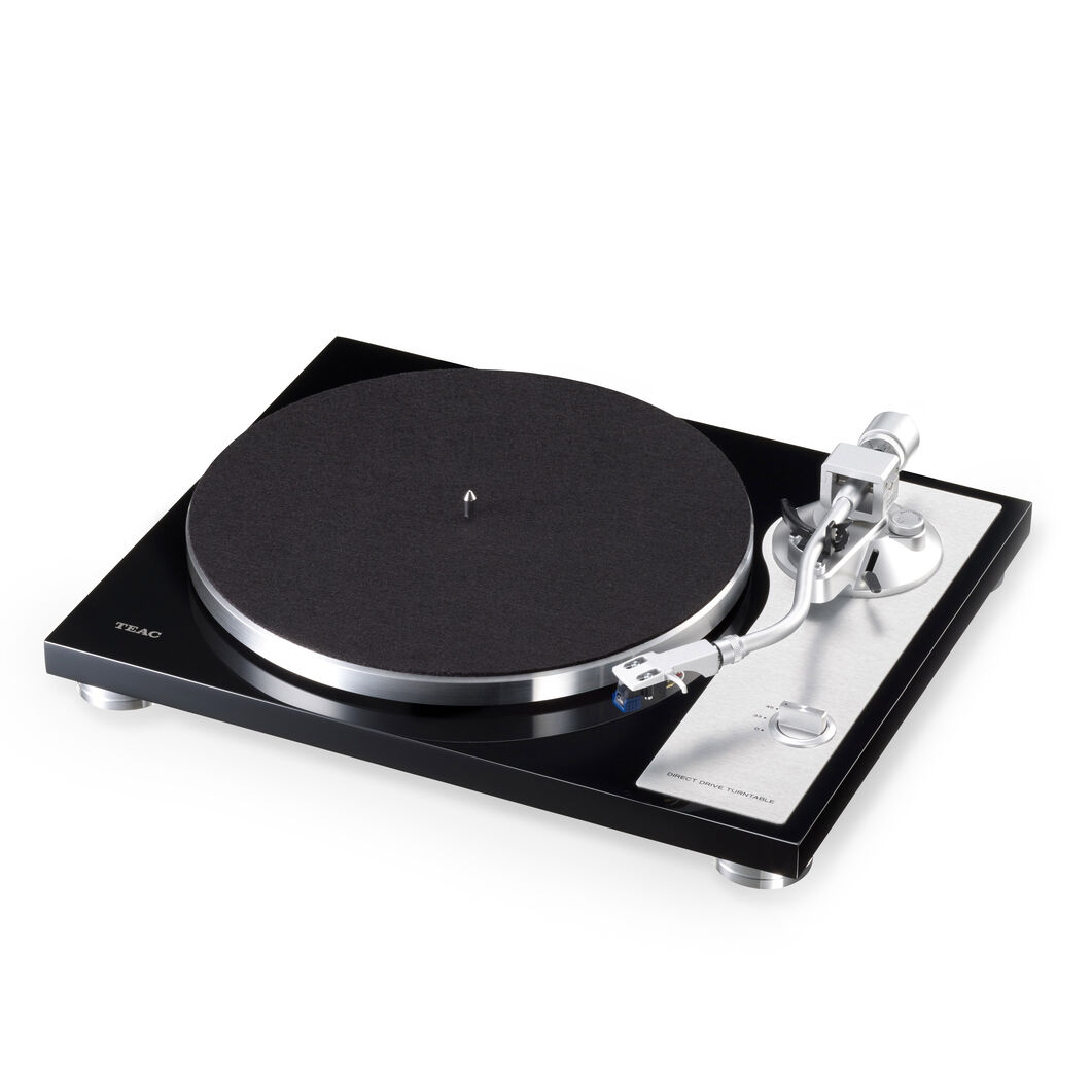 Teac TN4D 2-Speed Turntable in color