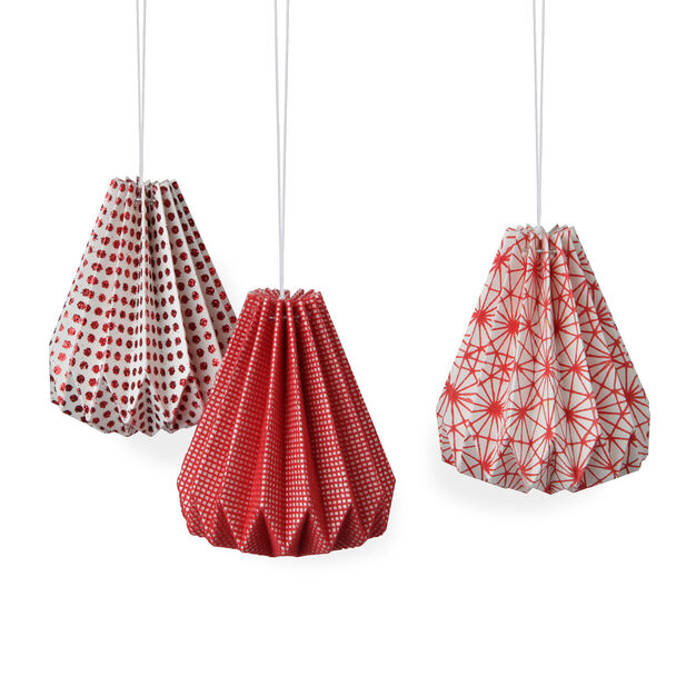Red Paper Ornament Set in color