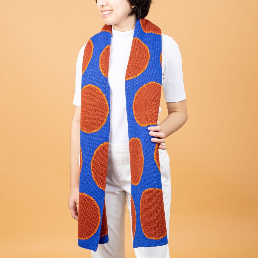 Verloop Eclipse Scarf in color Blue/Orange