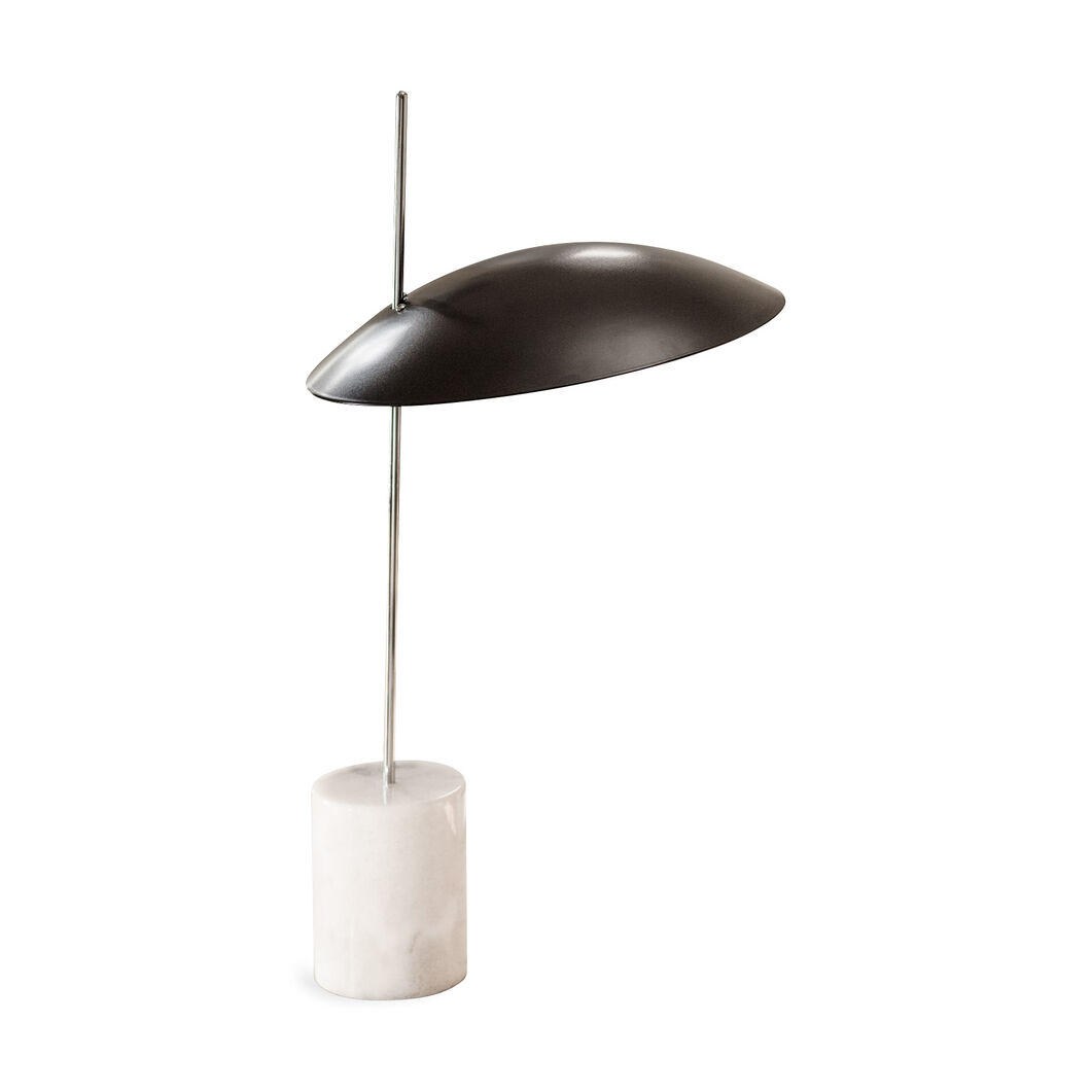 Clam Table Lamp in color