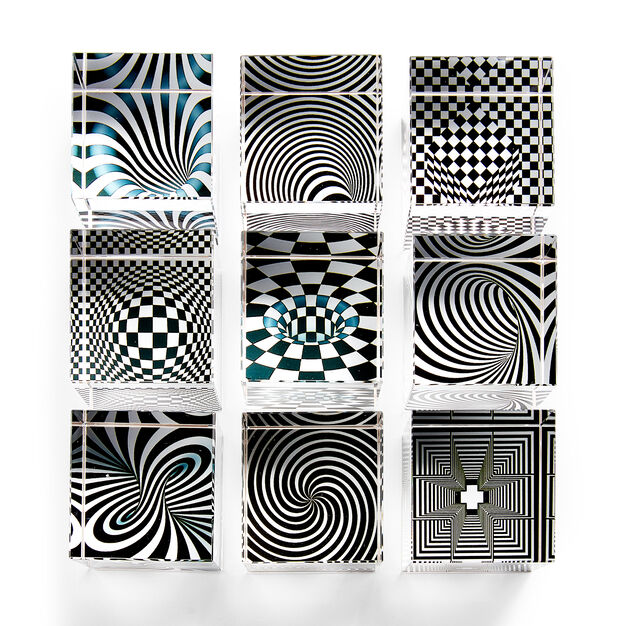 Optical Illusion Cubes in color