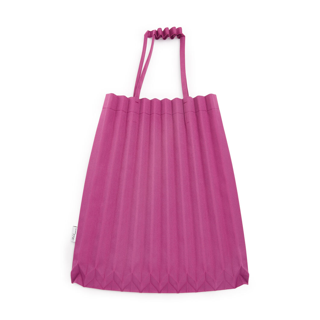 me ISSEY MIYAKE Trunk Pleats Bag in color Smoky Rose