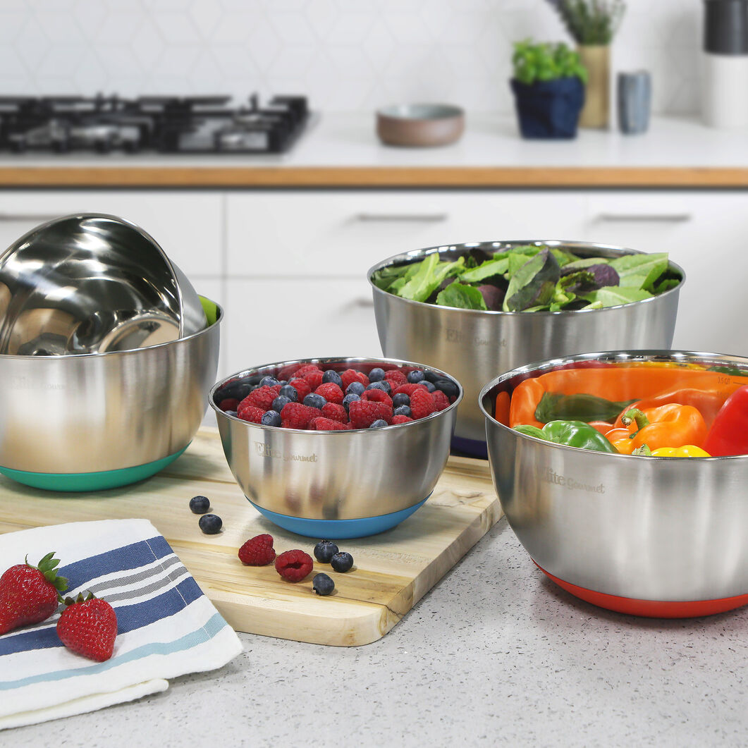 Stainless Steel Colored Mixing Bowls with Lids – Set of 5 in color