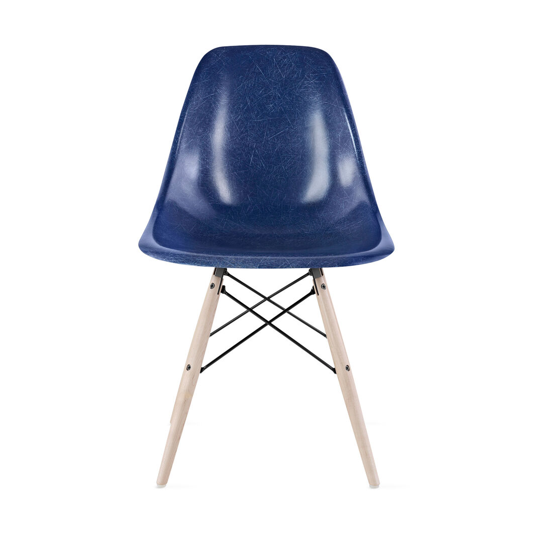 Eames®Molded Fiberglass Side Chair from Herman Miller© in color Ultramarine Blue