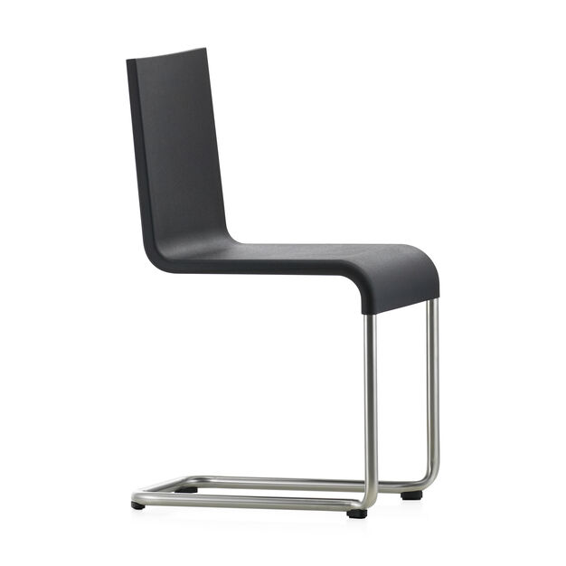 .05 Chair in color Black