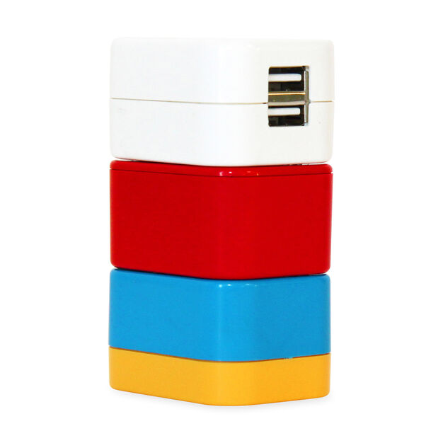 5-in-1 Travel Adapter in color