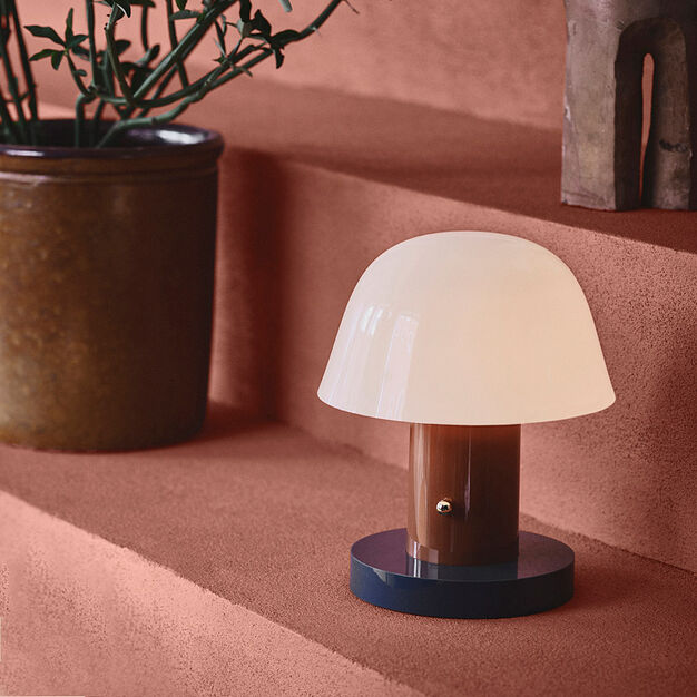 Setago Portable Table Lamp in color Rust