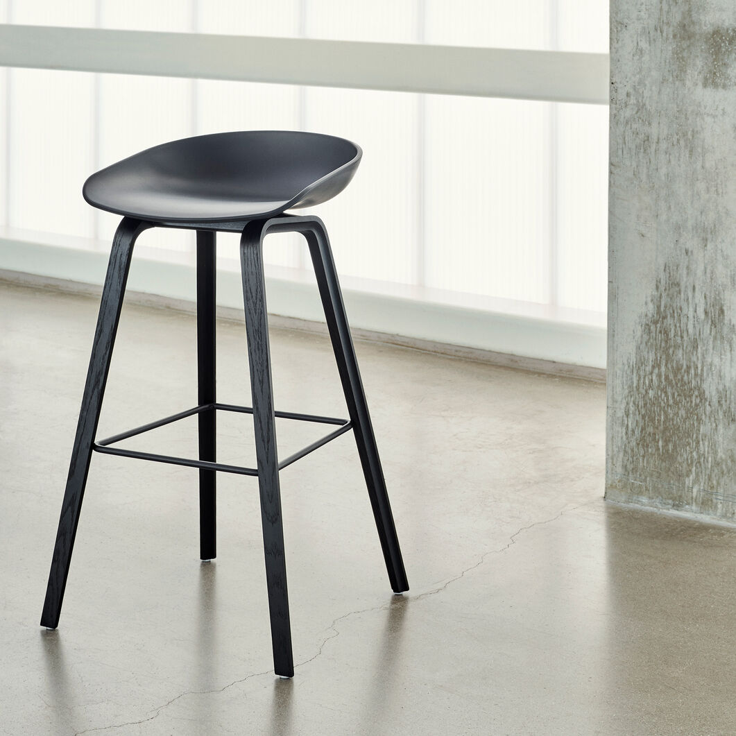 HAY About a Stool Barstool in color Black/ Black Oak