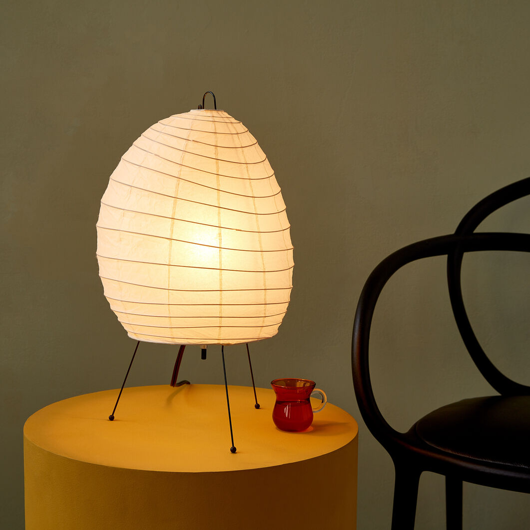 Akari Table Lamp Model 1N in color