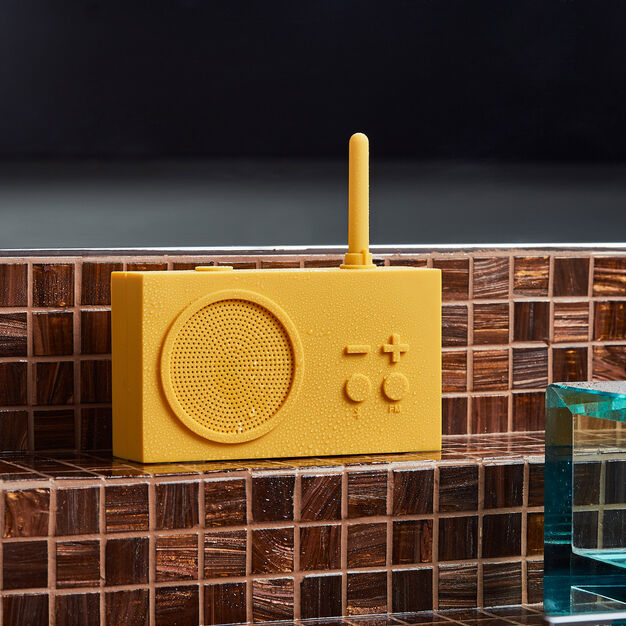 Lexon Tykho 3 Bluetooth Radio in color Yellow