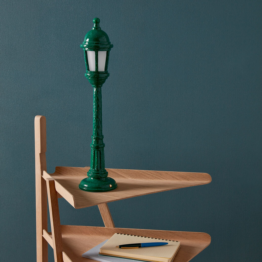 Street Table Lamp in color