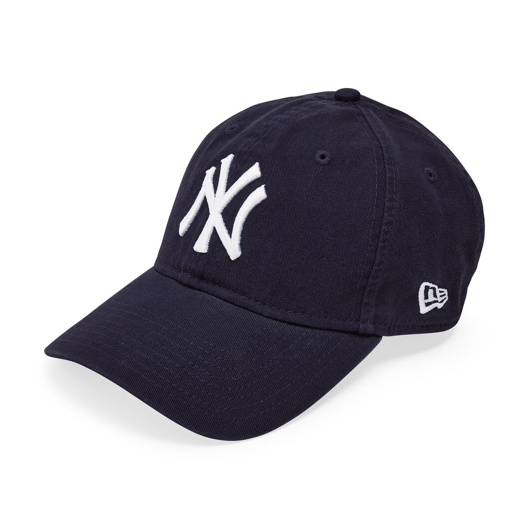 NY Yankees Cap in color Navy