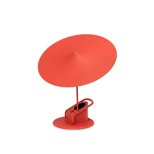 w153 Îîle table Lamp in color Red