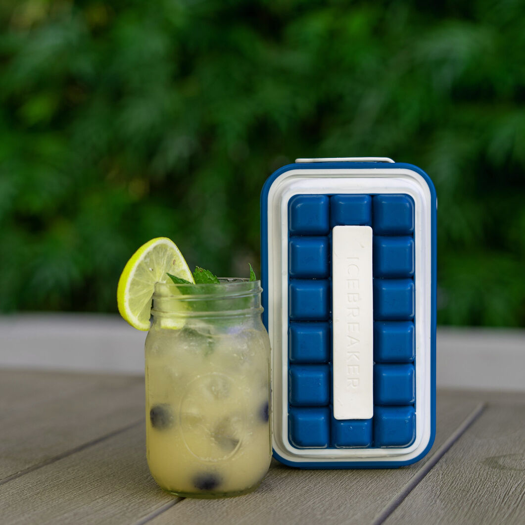 Icebreaker Pop Ice Cube Tray & Server in color