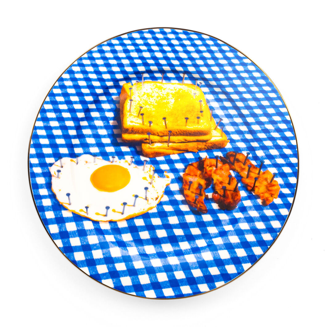 Seletti Wears Toiletpaper: Breakfast Plate in color