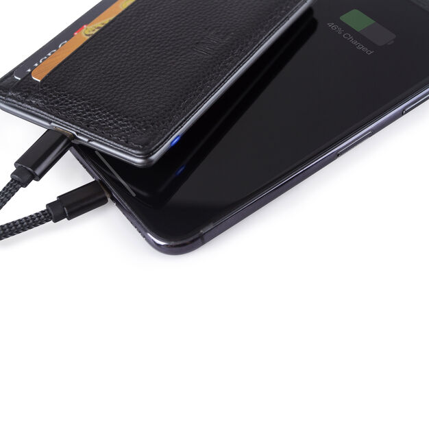Iné Wallet with Charger in color