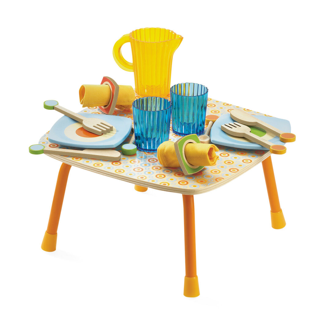 Gaby s kitchen table lunch set moma design store for Zaffron kitchen set lunch