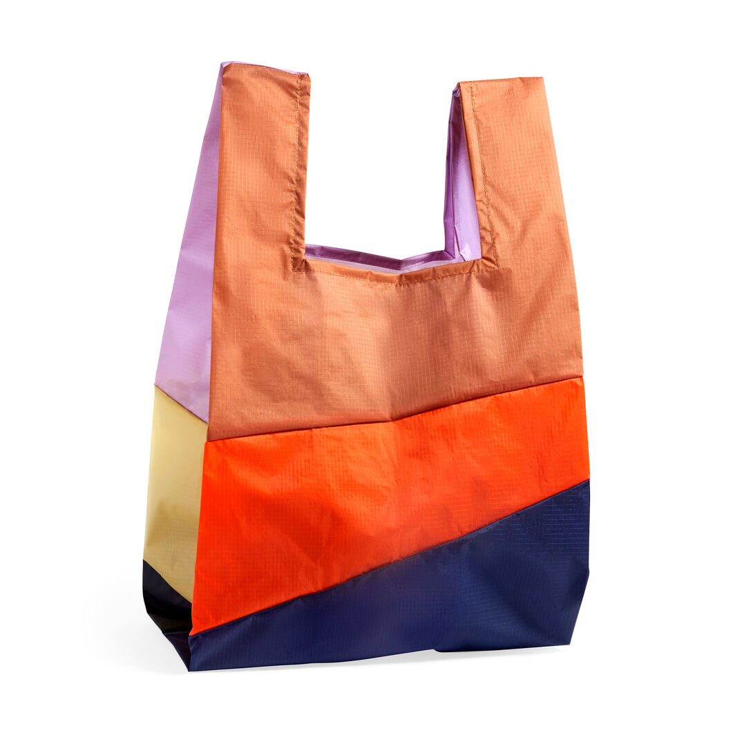 HAY Six-Color Foldable Bag - Medium in color 4