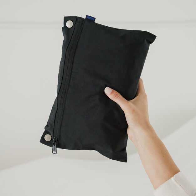 Baggu Travel Cloud Bag in color Black