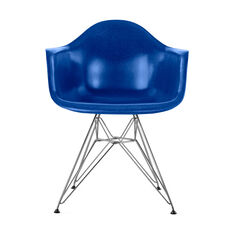 Eames DFAR Armchair in color Ultramarine Blue