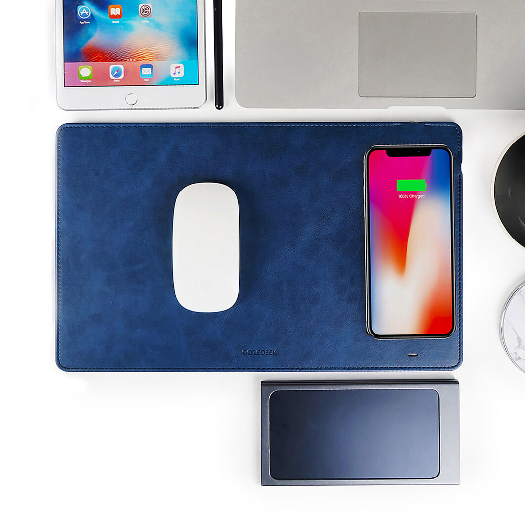 Wireless Charger & Mousepad in color