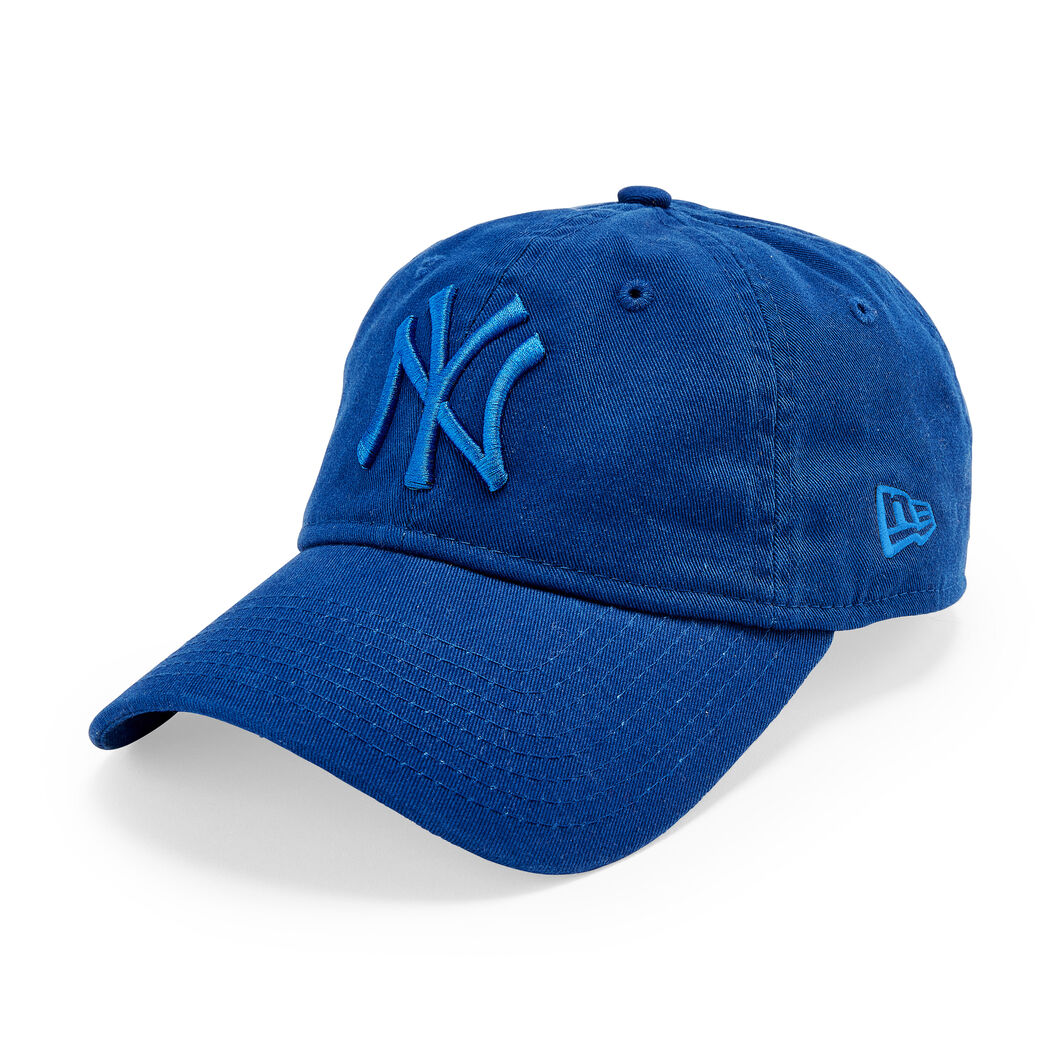 NY Yankees Pride Hats in color Blue