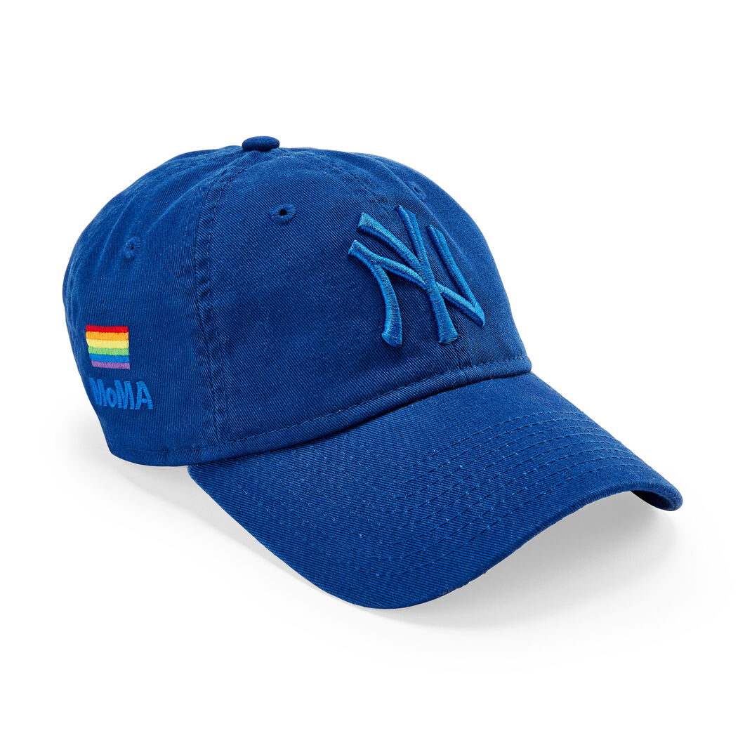 NY Yankees Pride Hat in color Blue